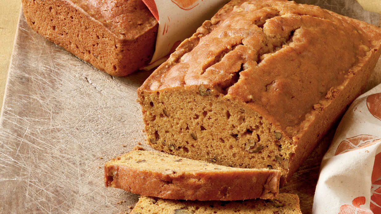 You're Sure to Fall For These Homemade Pumpkin Bread Recipes