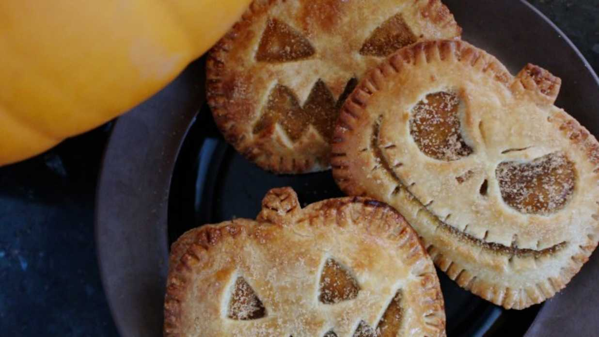Scary Halloween Foods for Parties