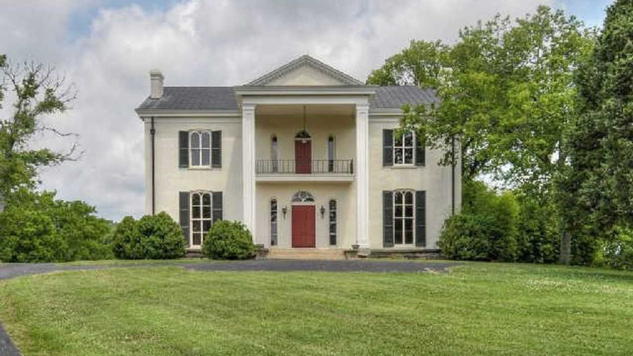Tim mcgraw and faith hill have the most expensive home for for Southern living homes for sale