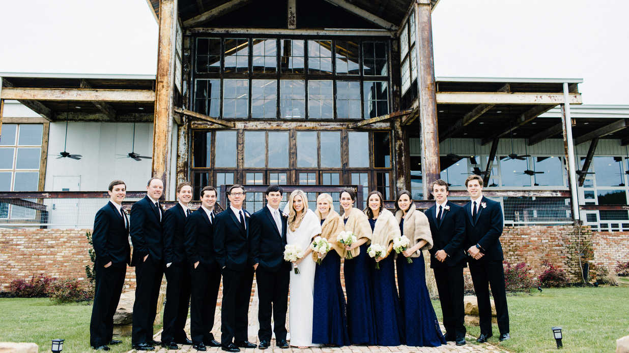 This Mississippi Bride Brought the Outdoors In With Rustic Touches