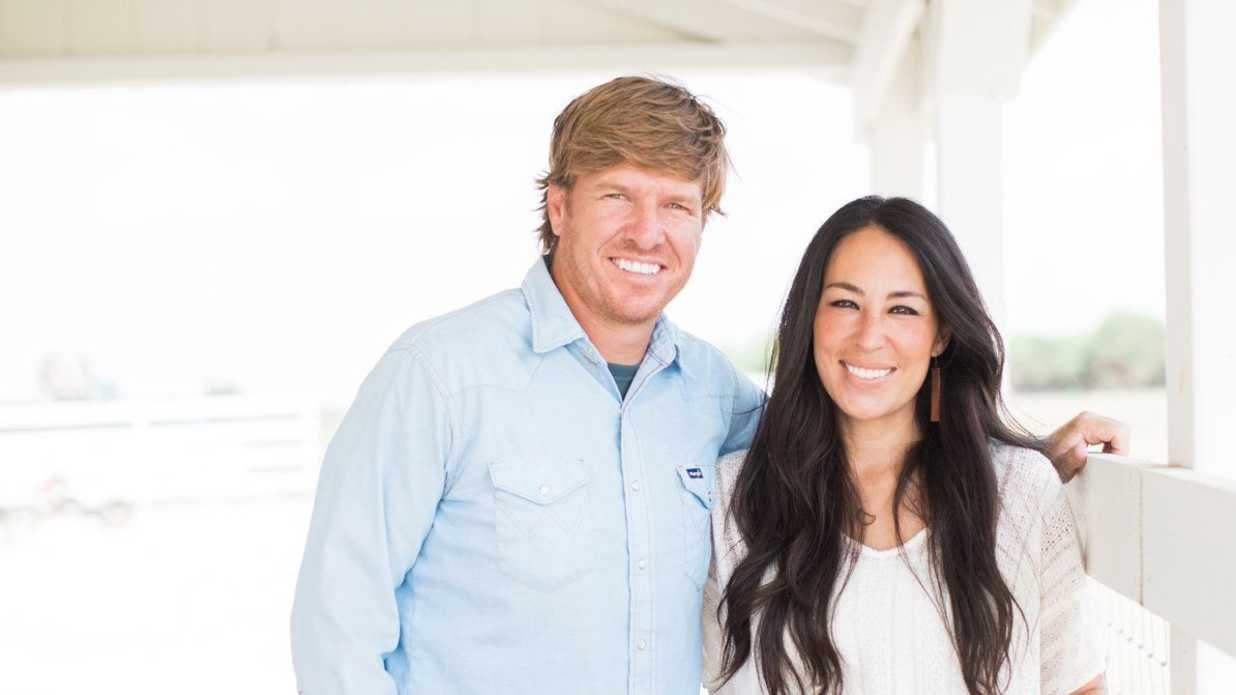 Chip and joanna gaines are opening little shops inside for Inside chip and joanna gaines house