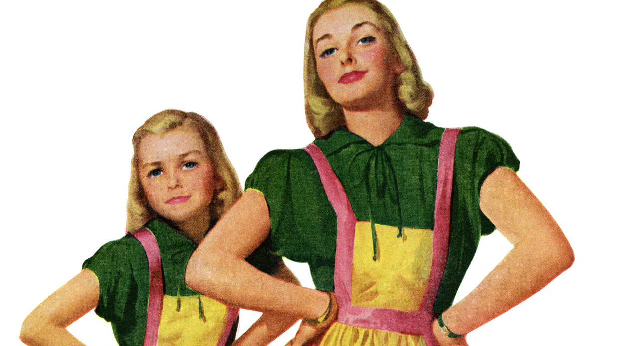 5 Adorable Matching Mother Daughter Aprons for Mother's Day