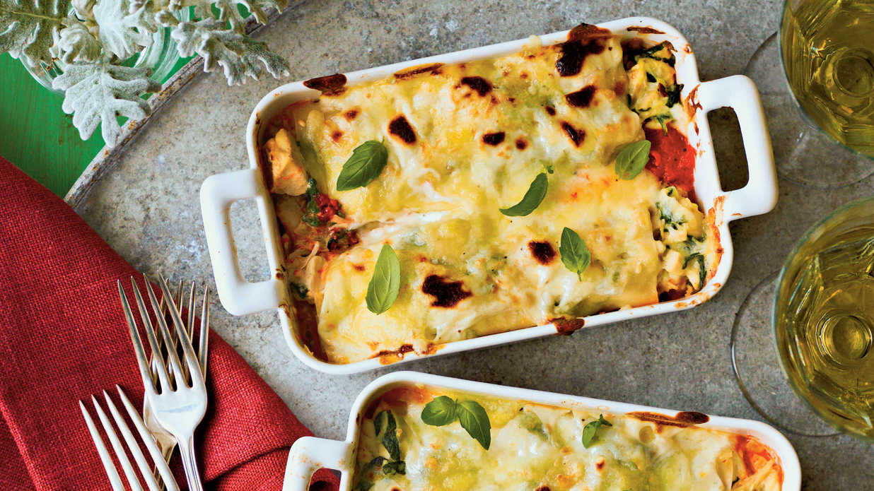 Avoid the Last-Minute Cooking Chaos with These Make Ahead Christmas Casserole Recipes