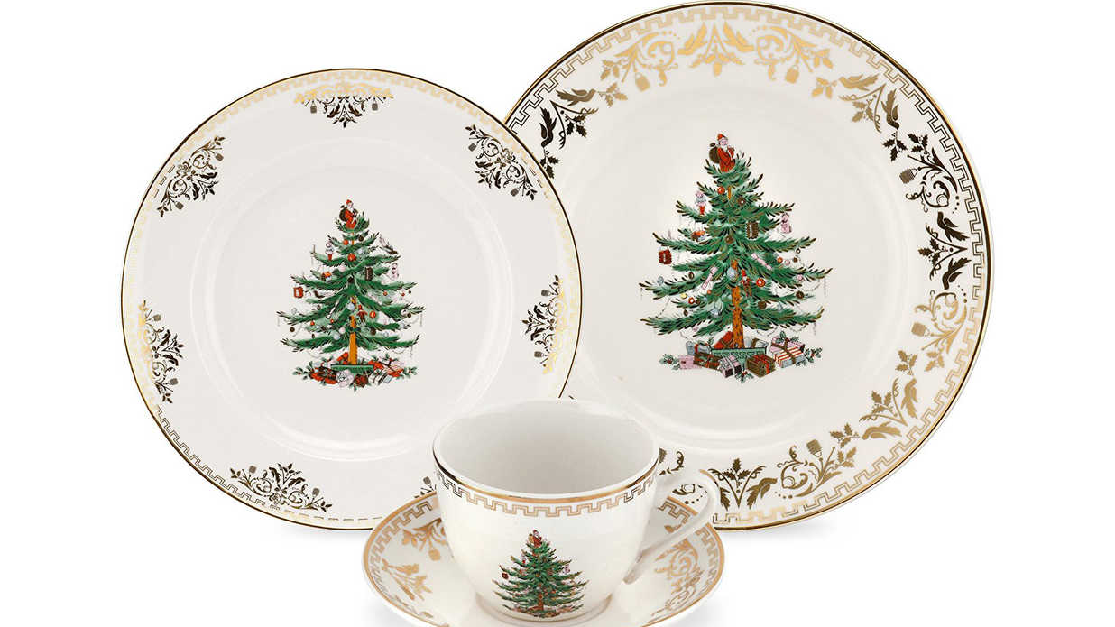 Christmas China Patterns You\'ll Love for Your Southern Home ...