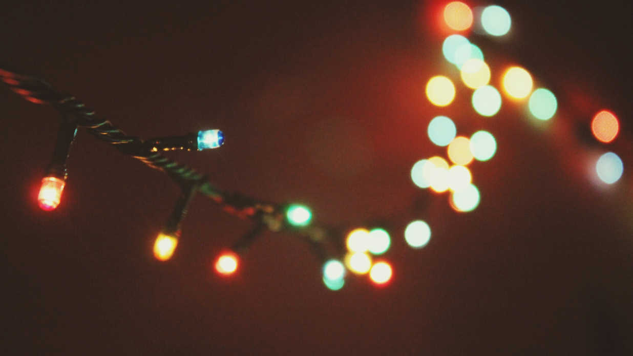 12 Ways to Use Your Christmas Lights in the Summer