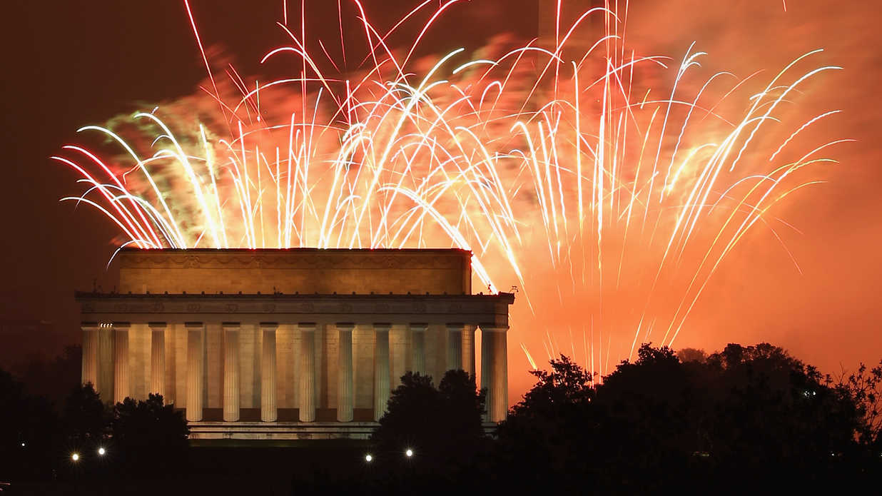 The Best 4th of July Fireworks in Every Southern State