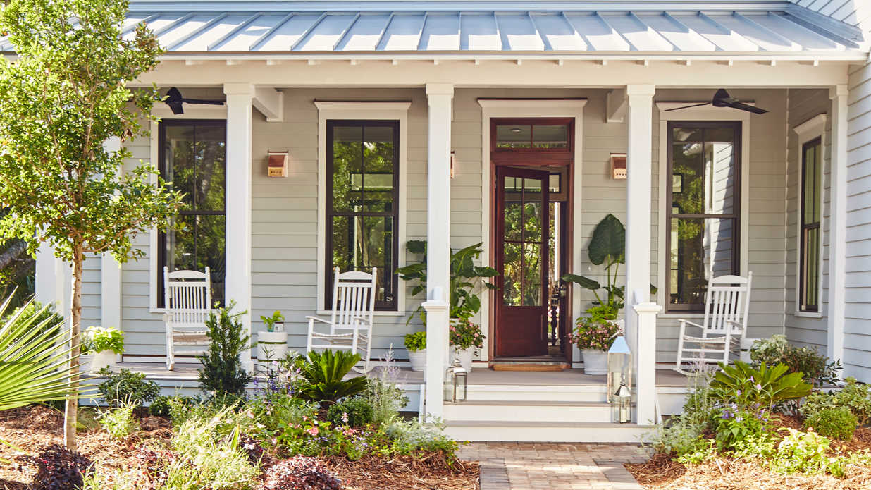 Southern living house plans 2017 for Southern cottage house plans with photos