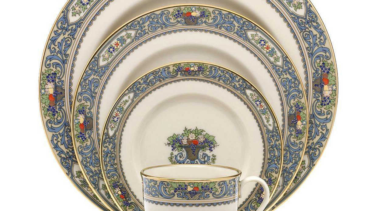 The Most Beautiful China Patterns for Your Fall Table - Southern Living