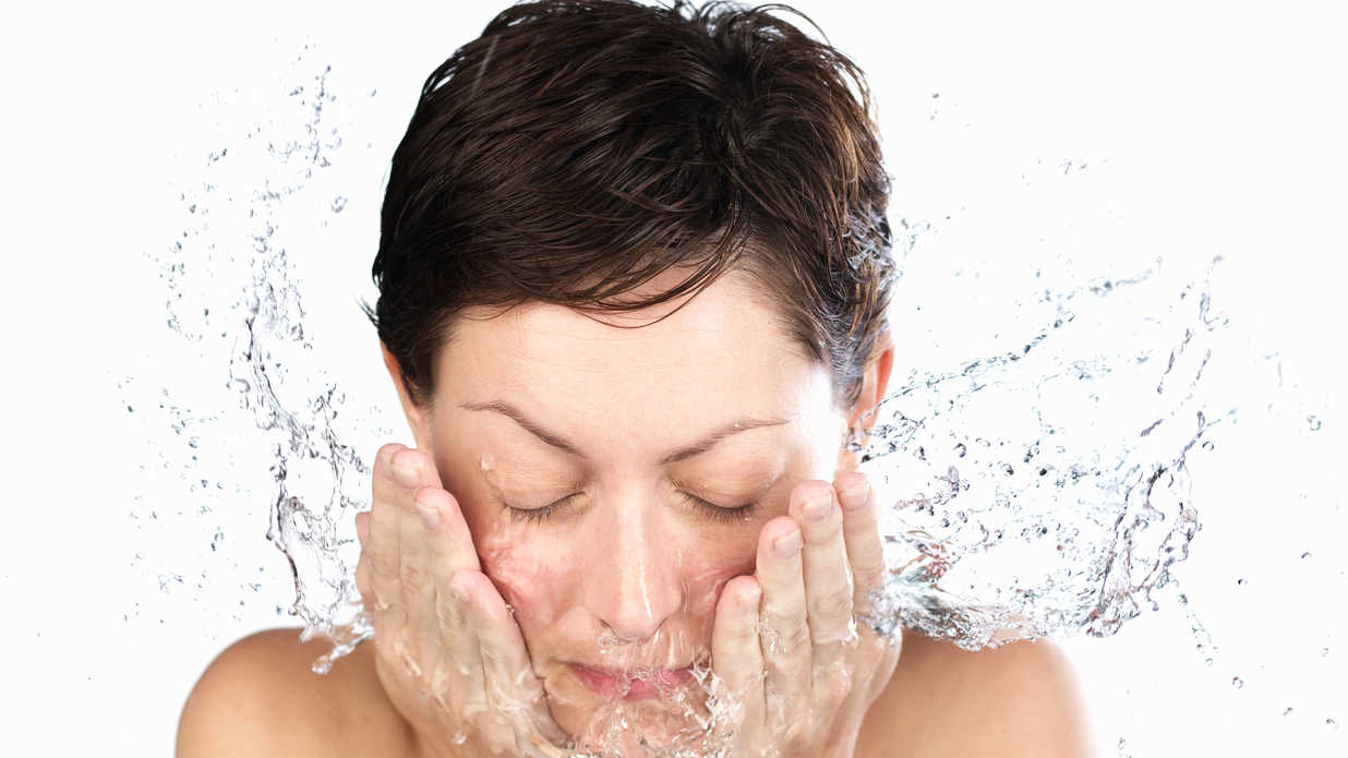 The Best Face Washes For Oily Skin