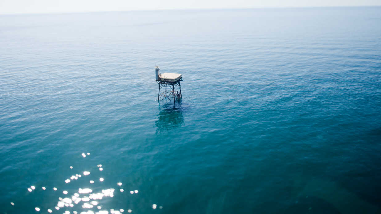You Can Book A Room In The Middle Of The Atlantic Ocean At This North Carolina Bed And