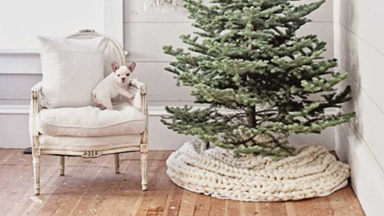 Creative Ideas for Christmas Tree Skirts
