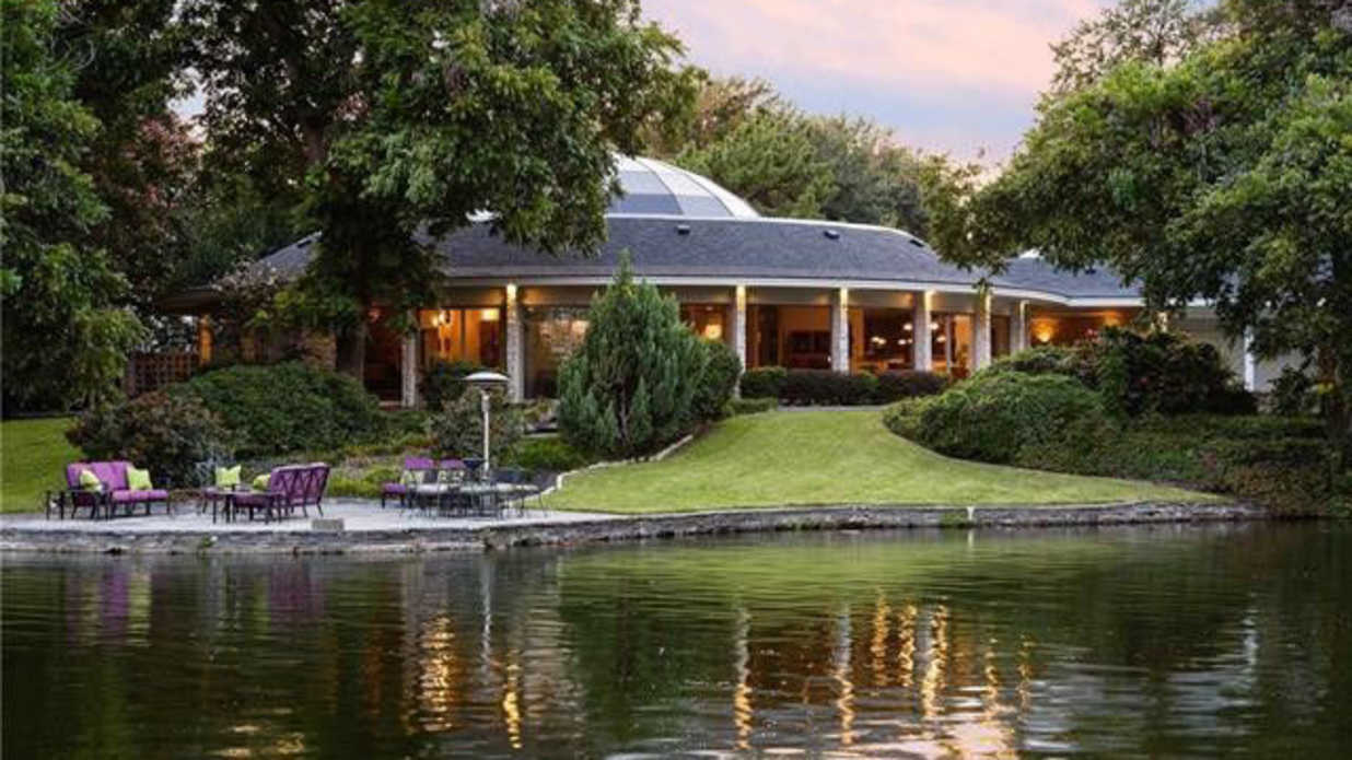 Mary Kay's Former Dallas Mansion Is For Sale and—Spoiler Alert—It's Not Pink