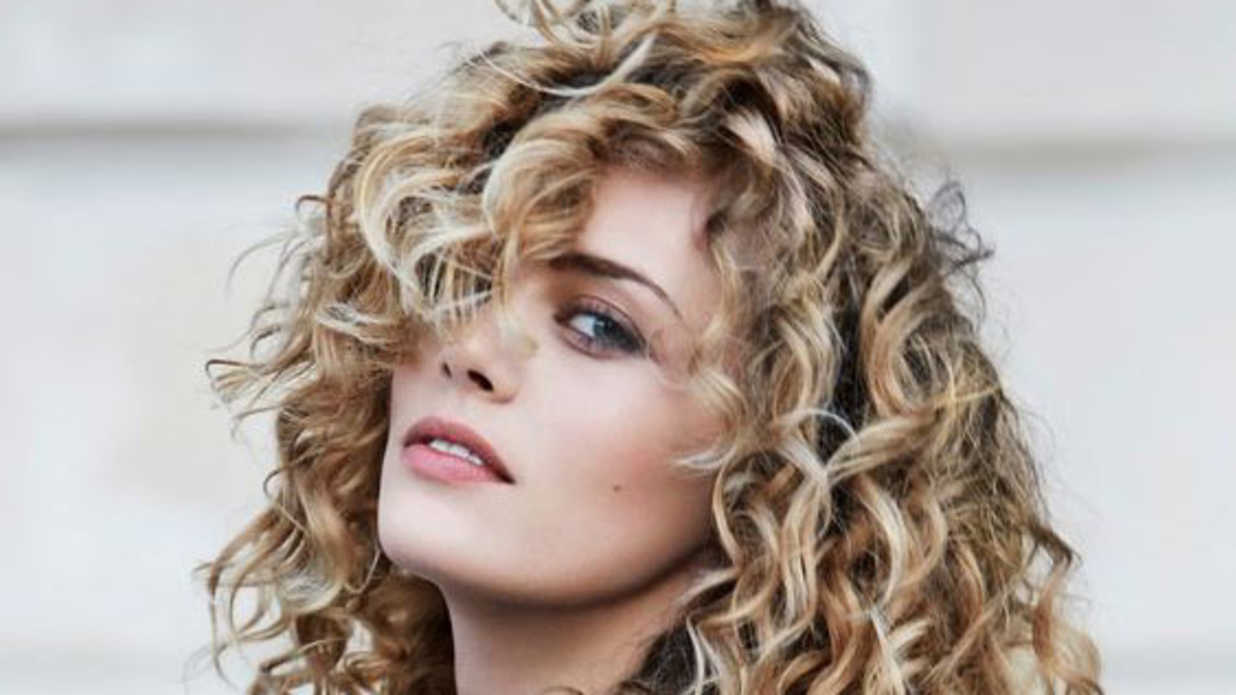 How To Identify Your Curl Typeand Why You Really Need To Know