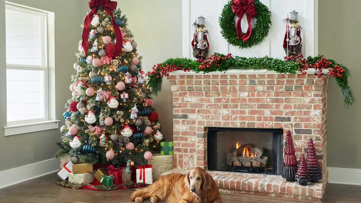 89958e7400b99 Come Celebrate Christmas at Dillard's with Southern Living - Southern Living