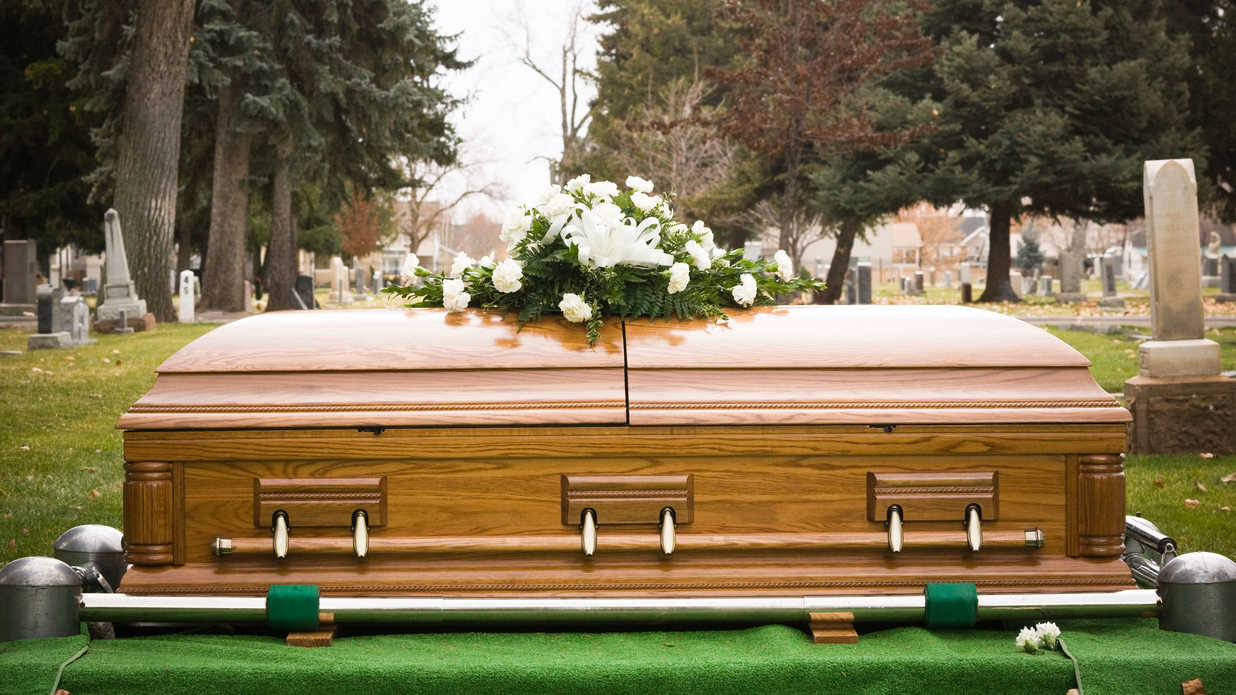 10 Things Funeral Directors Don't Want You to Know