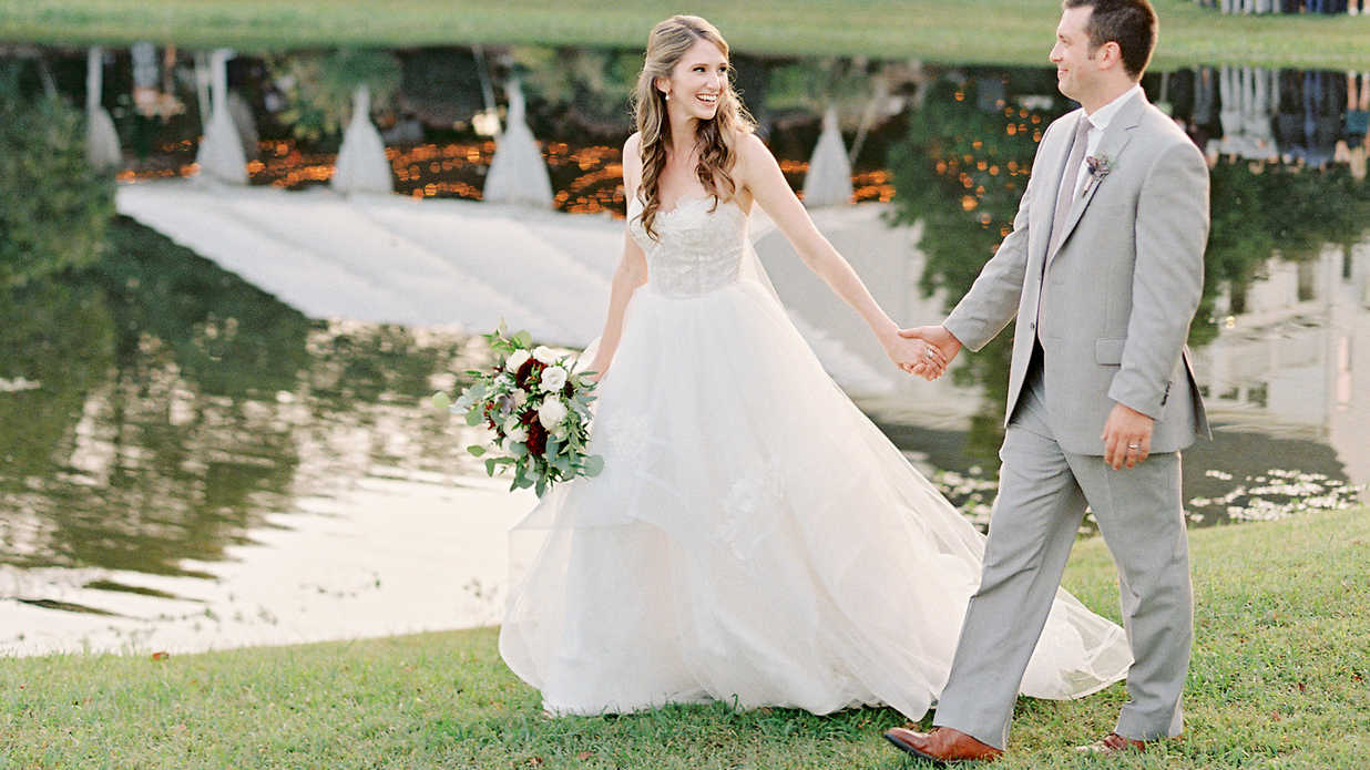 Family Heirlooms Were the Perfect Accessories for This Southern Bride