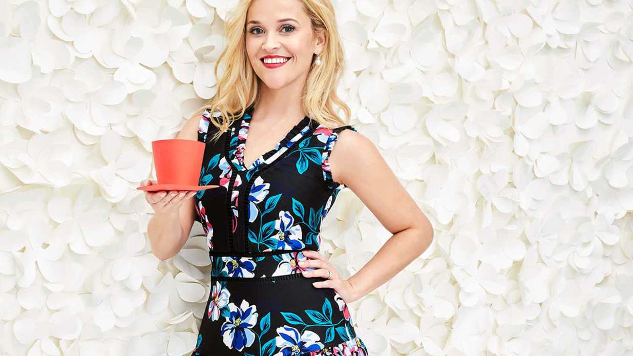 Shop Reese Witherspoon's Favorite Finds From the Draper James Holiday Collection