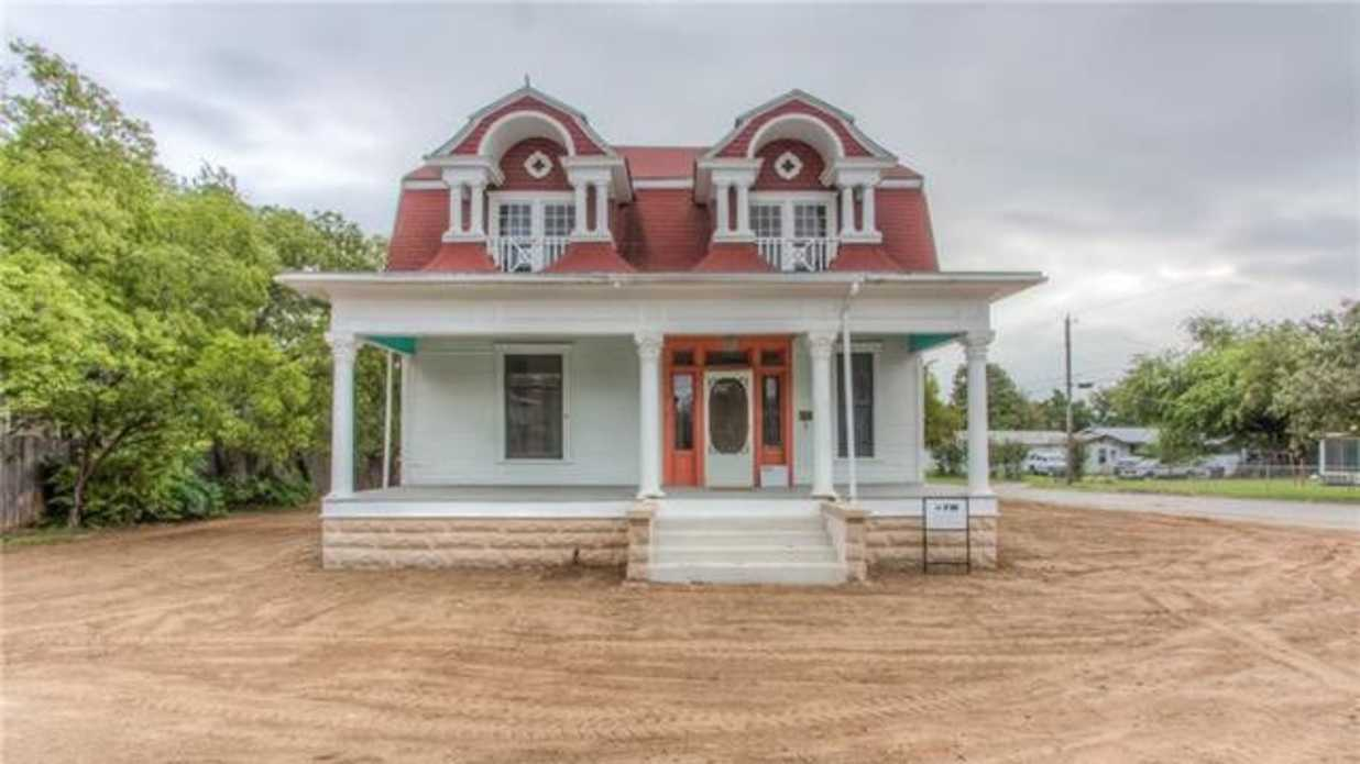 Historic Fort Worth House Gets New Lease On Life 2 Blocks Away From Its  Original Home   Southern Living