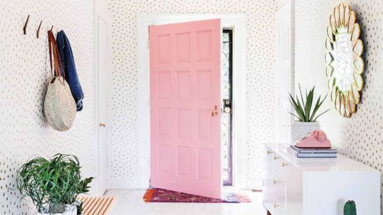 Pink Doors That Have Us Absolutely Begging for Spring