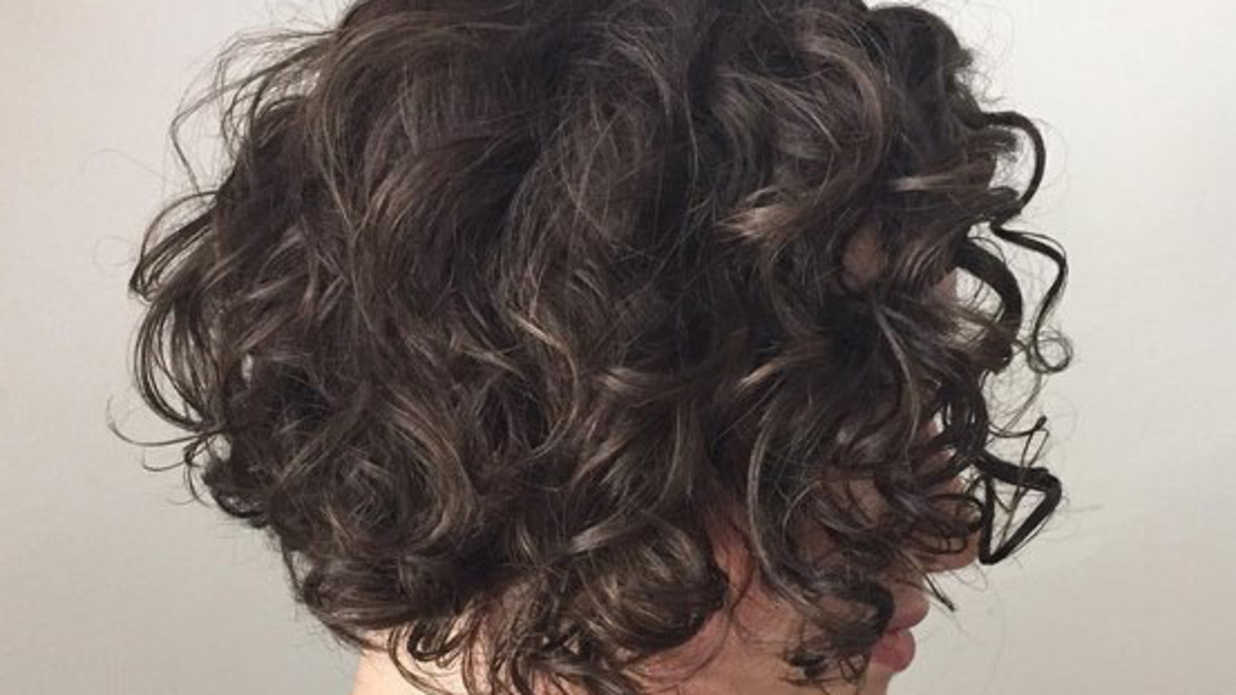Heres The Best Way To Cut Curly Hair Southern Living