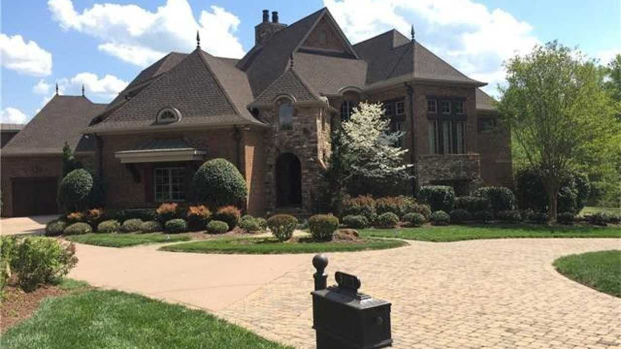 Steph Curry S Nc House For Sale Southern Living