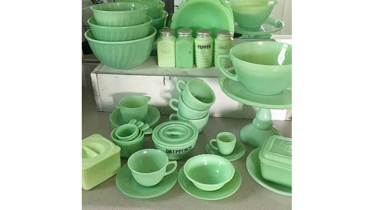 sc 1 st  Southern Living & Jadeite Glassware is Having a Comeback- Southern Living