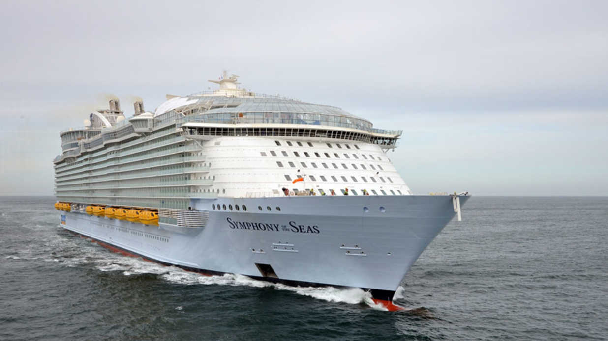 World S Largest Cruise Ship Is Royal Caribbean Symphony Of