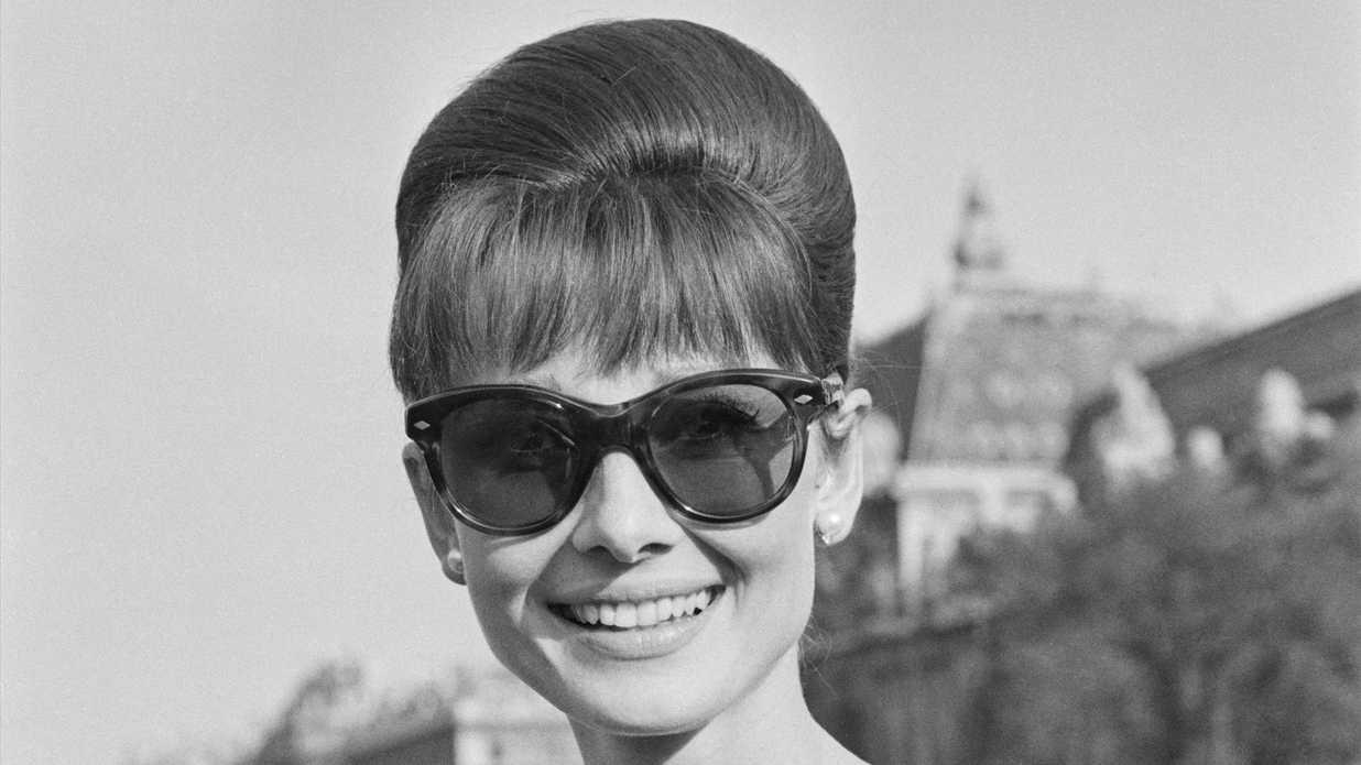 Sunglasses That Flatter Every Face Shape