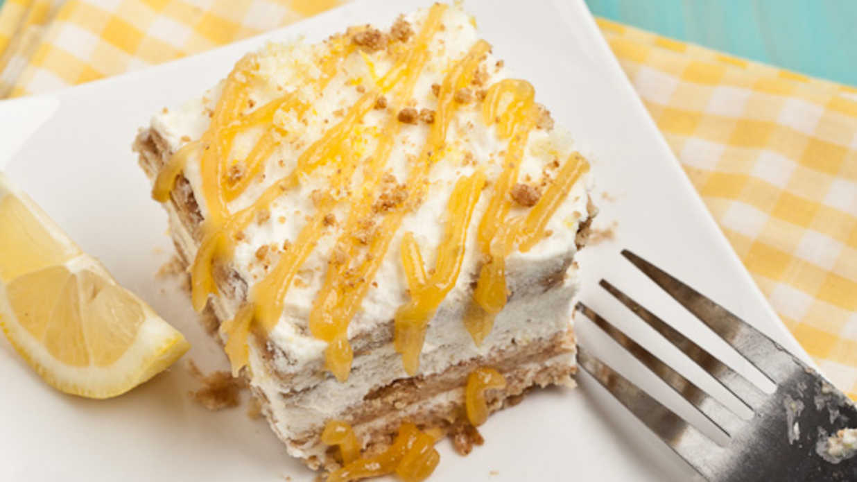 Incredibly Easy 9x13 Icebox Cakes Made for Summer Cookouts