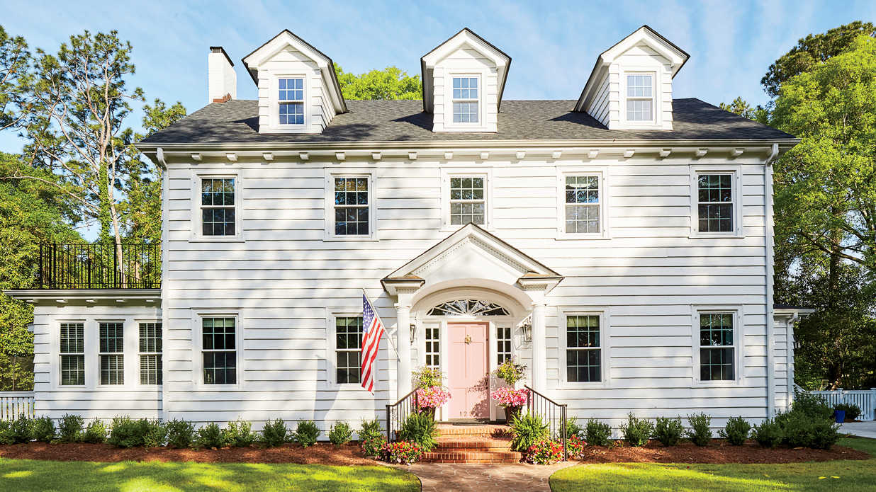 WATCH: This Historic Colonial Home Gets a Modern Makeover