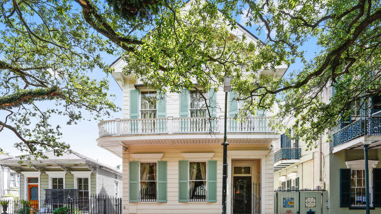 This New Orleans Home Features the Best of the French Quarter—and We're Totally Swooning