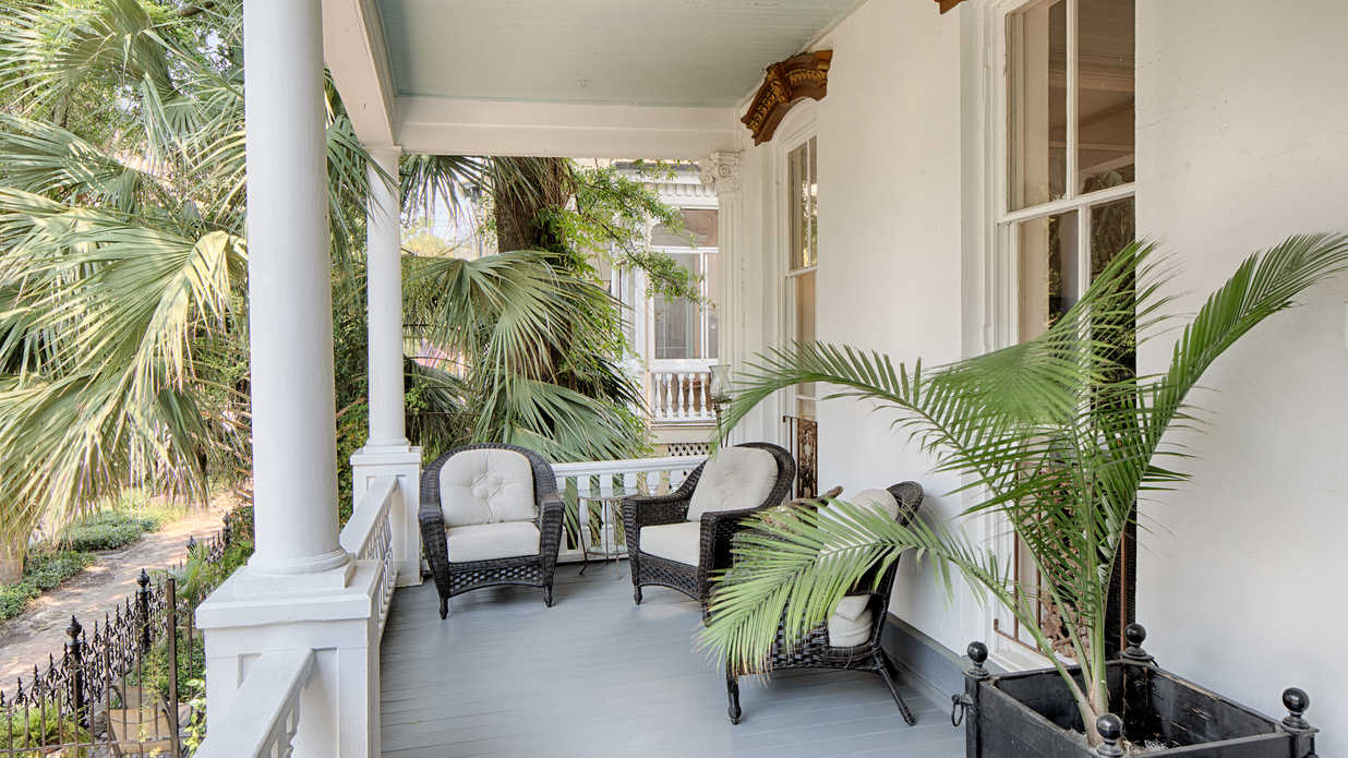 Oh, Savannah! Tour This Stunning 138-Year-Old Historic District Home