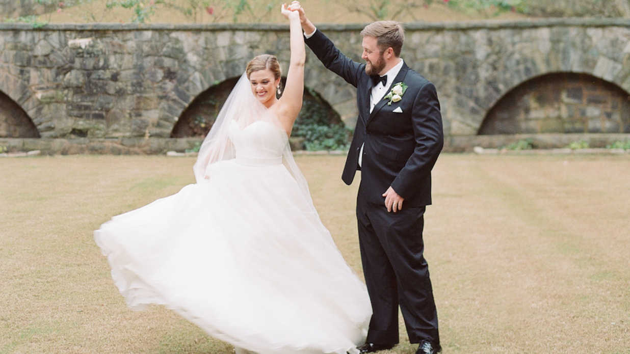A Timeless All-White Wedding At Atlanta's Swan House