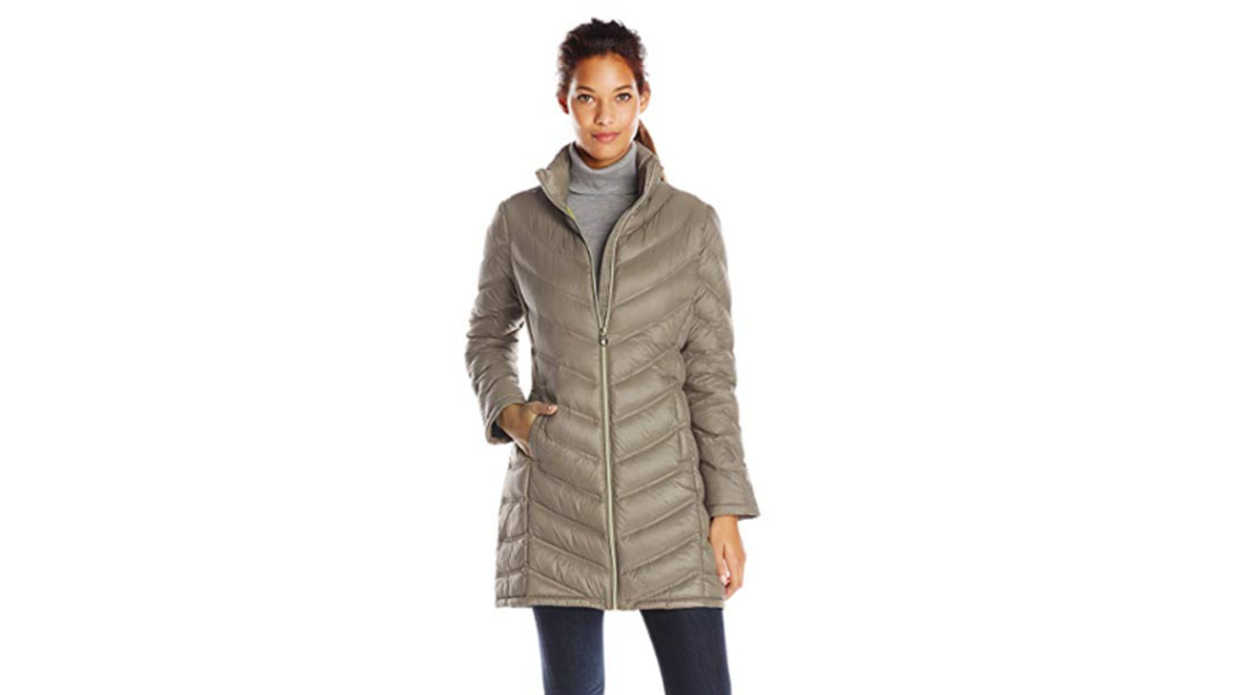 a6bdbfd4b This Women's Puffer Jacket Has 500+ Reviews on Amazon - Southern Living