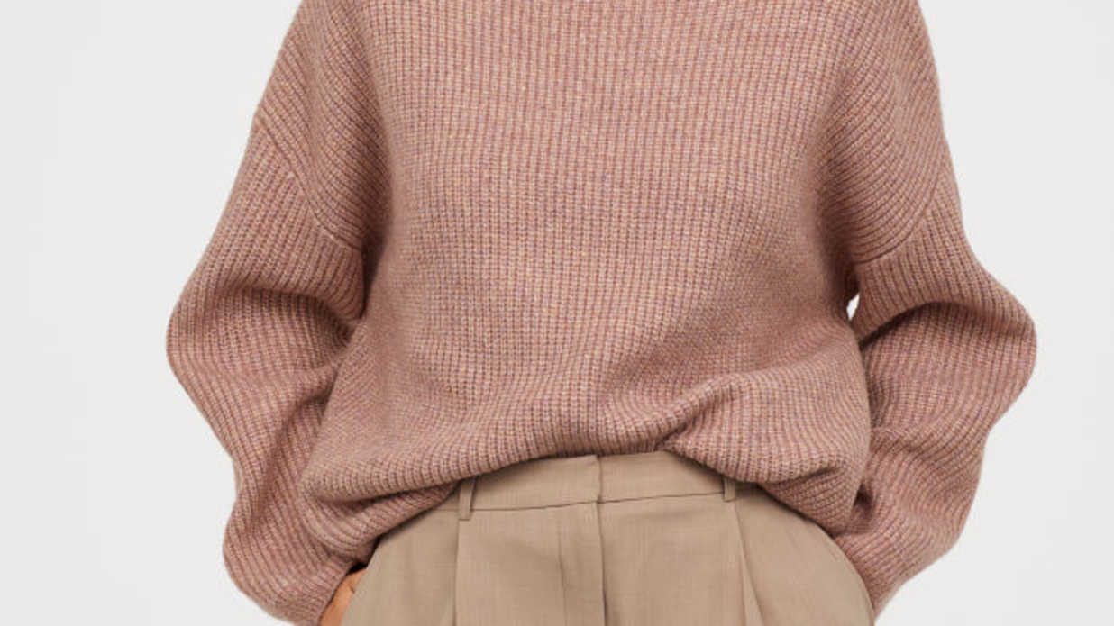 Cozy Sweaters To Wear This Fall