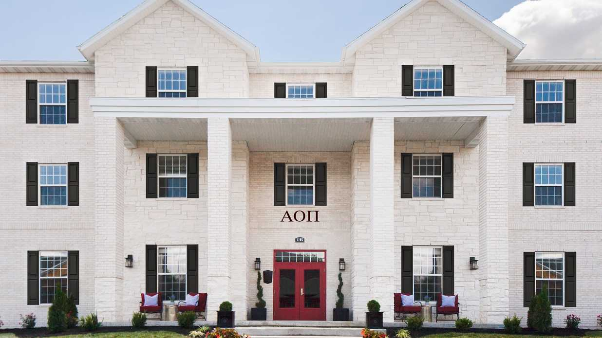 You Have To See This Year's Most Over-the-Top Sorority House Makeover