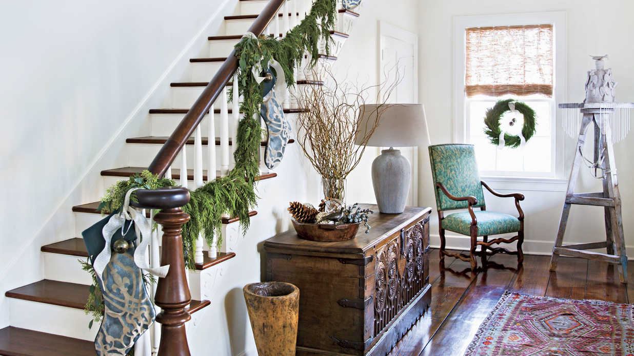 This Baton Rouge Home Has a Grand History and a Classic Holiday Style