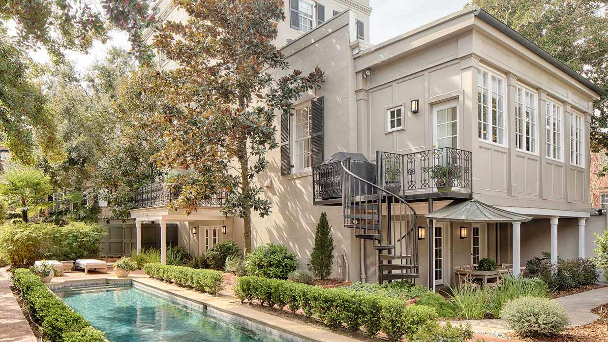 Take a Look Inside One of Savannah's Most Elegant Historic Homes