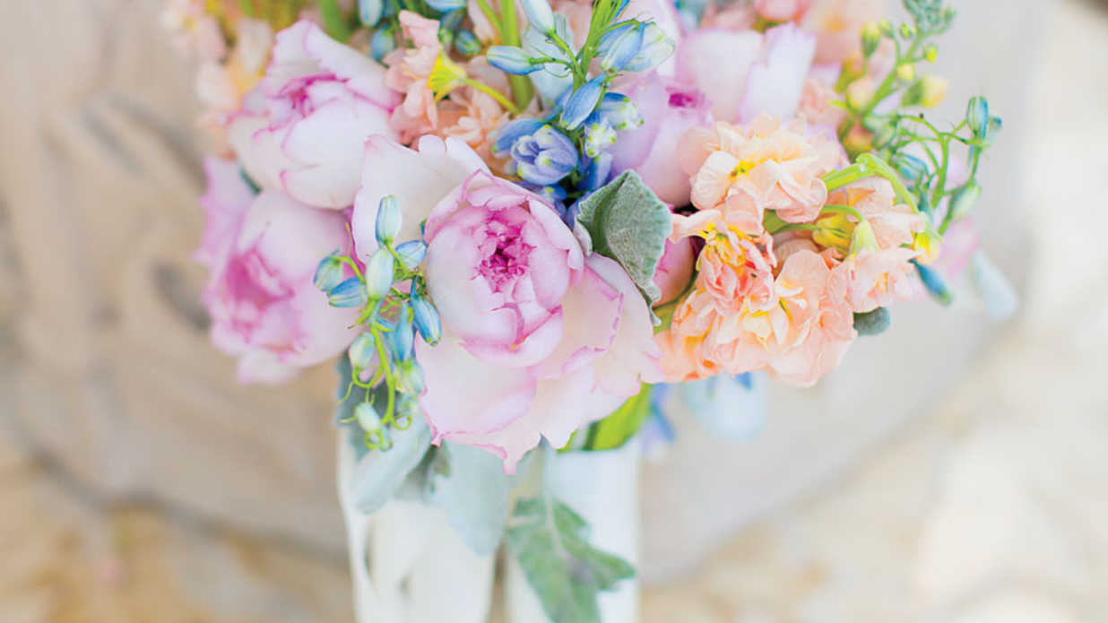 Summer Wedding Colors for Every Kind of Bride