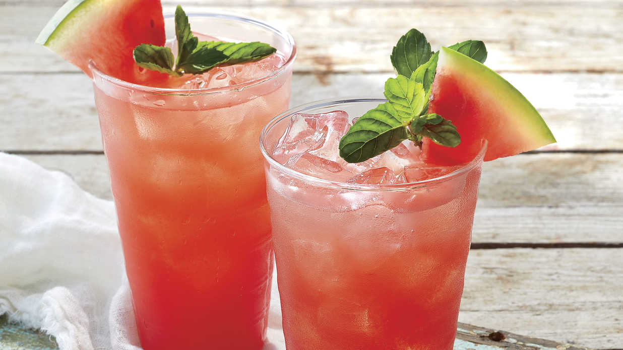 25 Red, White, and Boozy Drink Recipes for the Fourth of July