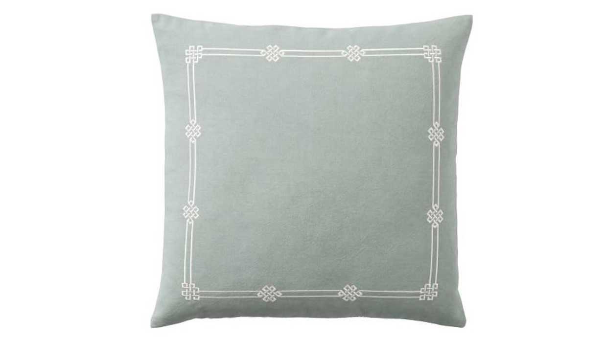 Decorative Pillows for Your Easiest Home Refresh Ever