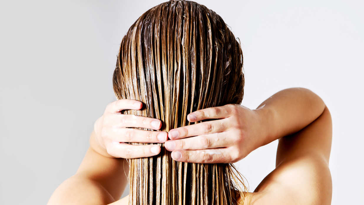 Here's How You Can Finally Get the Air-Dried Hair of Your Dreams
