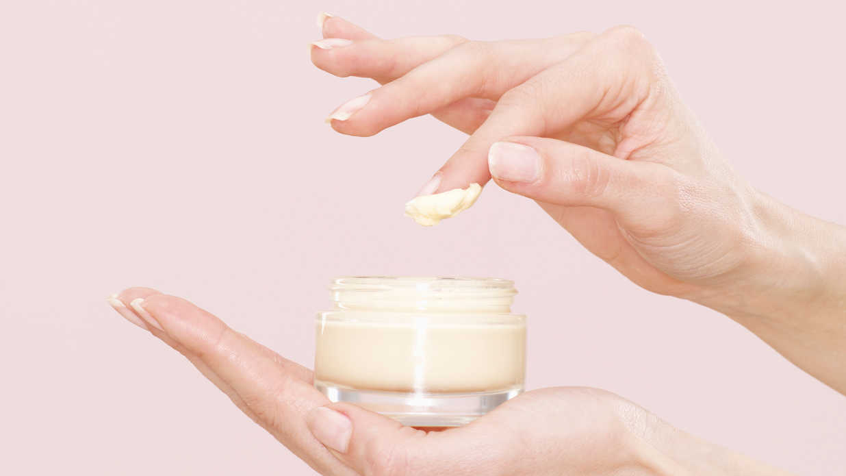 The Best Moisturizing Foundations for Dry Skin