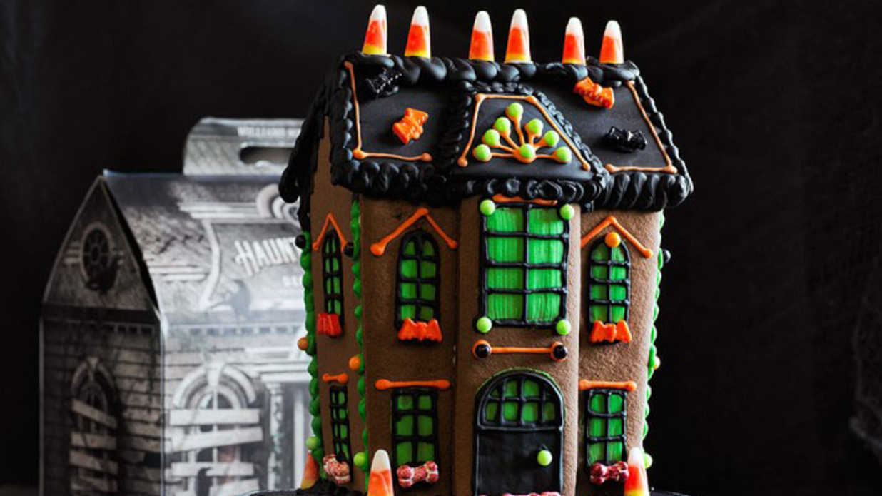 These Festive Cookie House Kits Will Make Halloween Even Sweeter