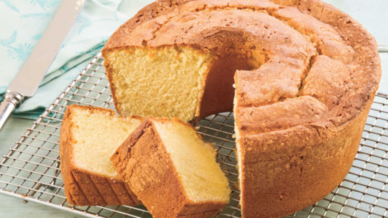 10 Steps To The Perfect Pound Cake Southern Living