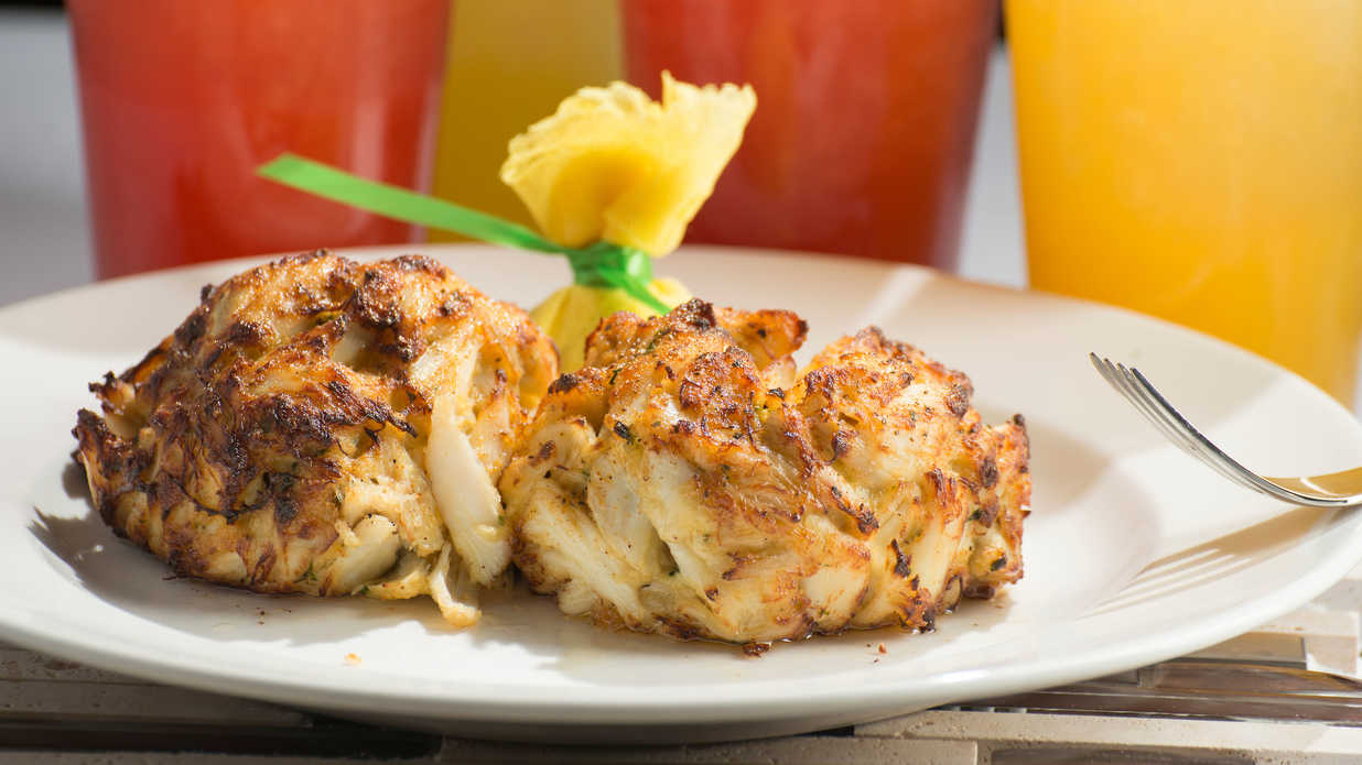 crab cake sides this is the best side dish to serve with crab cakes 3156