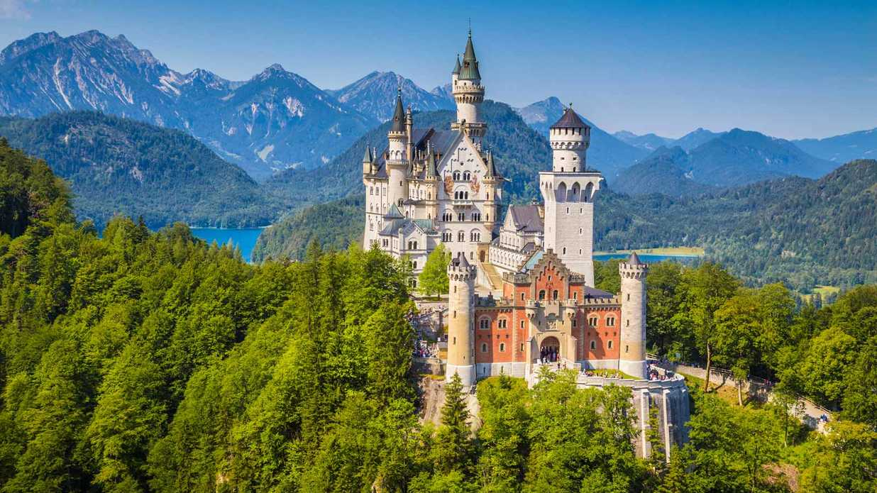 30 Real-life Places You Can Visit That Inspired Disney Rides