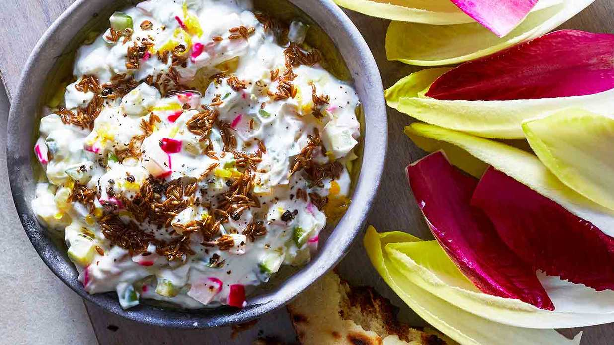 4 Healthy (And Easy!) Party Dips Everyone Will Love