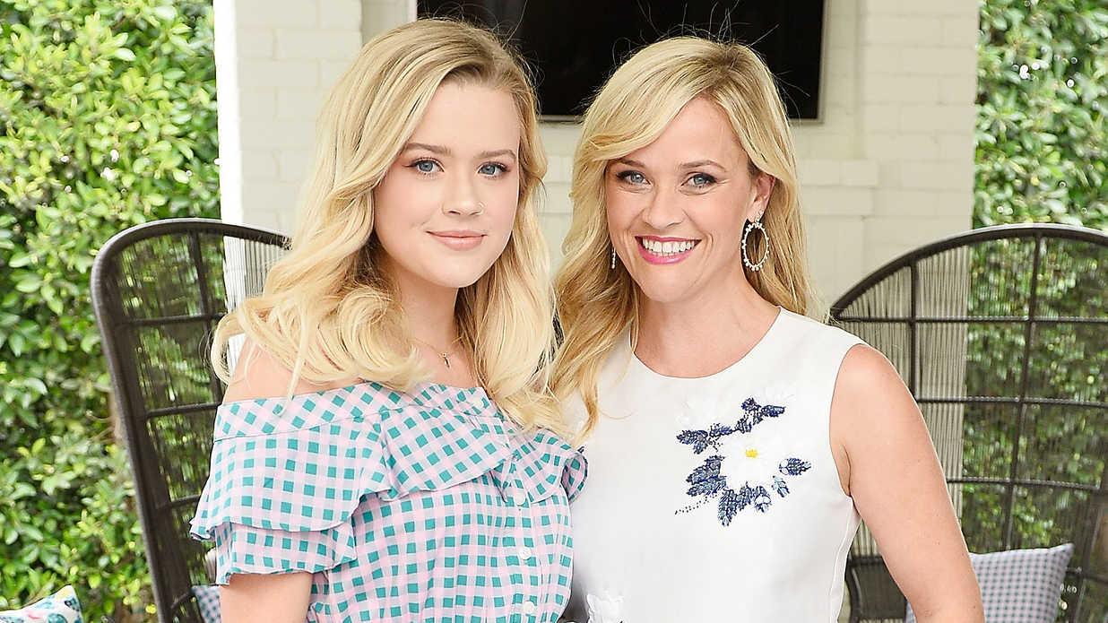 Reese Witherspoon Photos with Kids Ava and Deacon