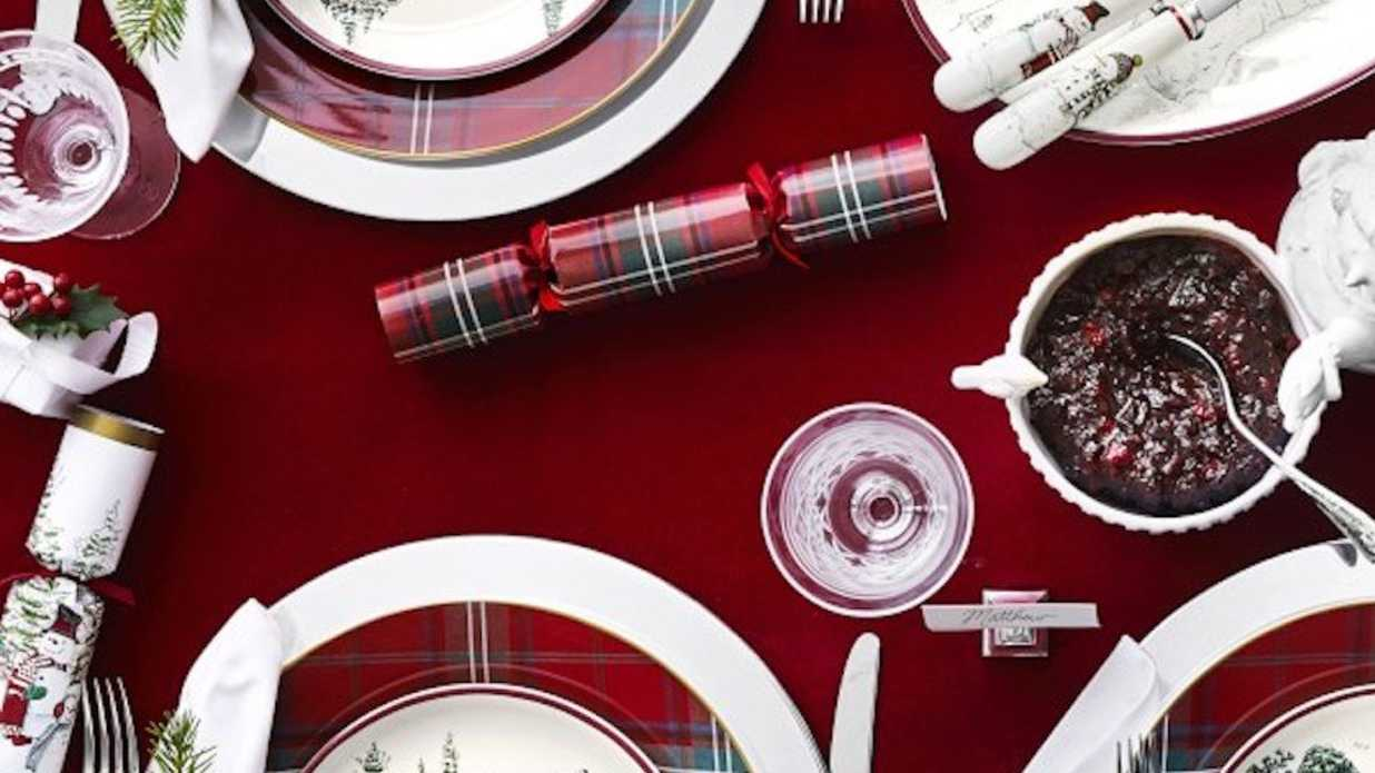 Williams Sonoma Christmas Crackers.Hosting Christmas A Guide To Holiday Party Planning